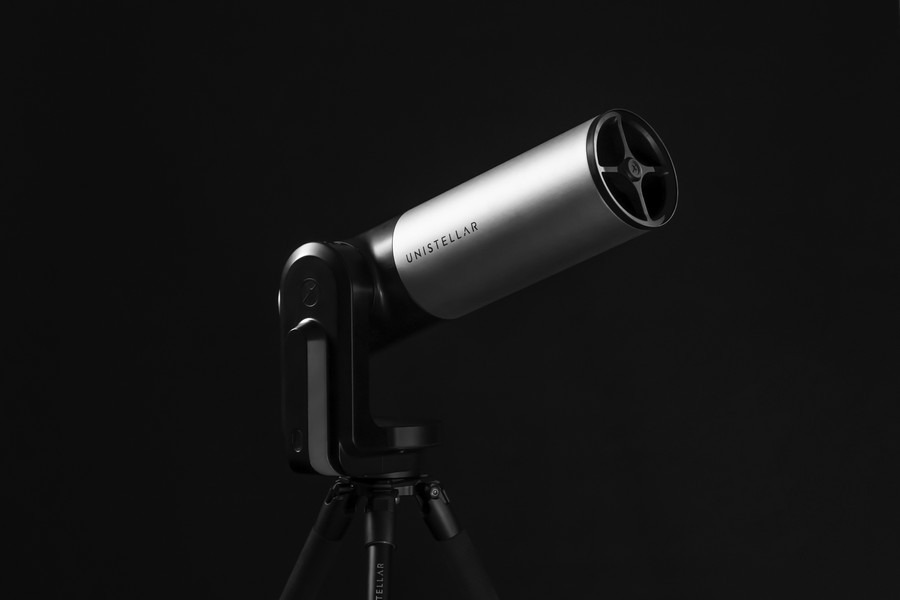 Review: eVscope, the telescope for amateur astronomers who want to stay warm and cozy